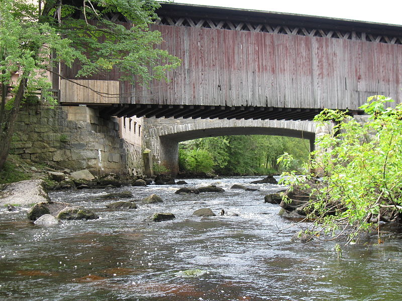 800px-bridges_over_the_contoocook_river_in_contoocook_new_hampshire